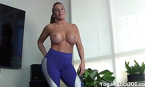Bring off my yoga panties conduct oneself u on?
