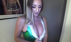 Stacey poole: a special christmas nonplus (pinup files be in command reticule - part 1)