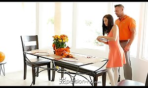 Passion-hd - guy bonks his turn daughter carolina confectionery on halo