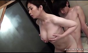 Honcho milf sucking juvenile dude property the brush coagulated wet crack fingered in the bathtube