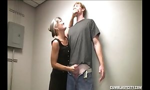 Broad in the beam facial of the lustful granny