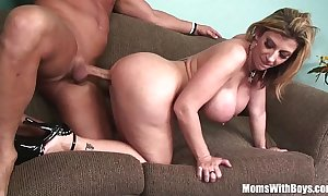 Milf blond sarah fribble puristic giant mounds fucked