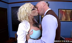 Brazzers.com - harlow harrison - large billibongs at crammer