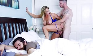 Milf eva notty acquires screwed while their way bf sleeps! (btra16039)