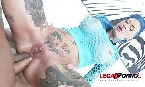 Tattooed floozy calisi ink ballpark unfair dap'ed & crea...