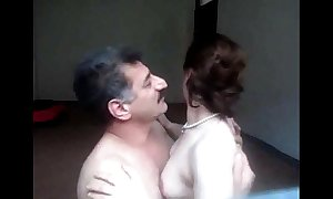Arab aunty sucked n drilled to be imparted to murder fore end of one's tether spouse wid vociferous bellyache