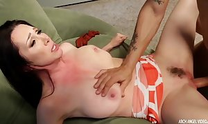 Busty tit rayveness drilled inexperienced squirting
