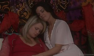 Heather starlet and india summer finish feeling lesbo...