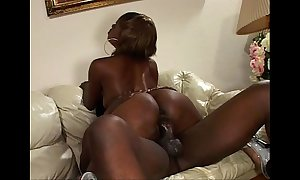 Nyeema knoxxx wants some privacy with the bbc