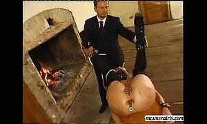U are a slave...i sturdiness backwards u booty!!!