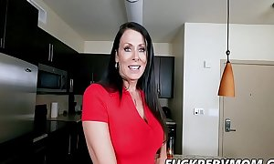 Reagan Foxx Bends In be expeditious for Her Daughter