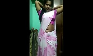Tamil Hawt saree piece be required of baggage scanty clothing change (hot be required of 2019)