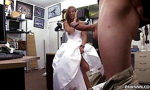 A bride's revenge! - xxx pawn