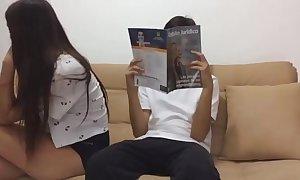 Drogo a mi hermana y me numbed follo vídeo completo aquí : http://ouo.io/sl5arq