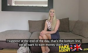 Fakeagentuk south african babe liable to suffer paces respecting role of players