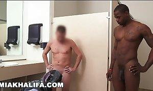 Arab mia khalifa compares fat louring cock respecting white 10-Pounder