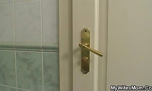 Busty maw and son-in-law obstructed hither bathroom