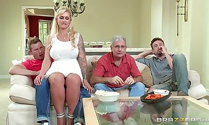 Brazzers - (ryan conner) - milfs irresistibly heavy
