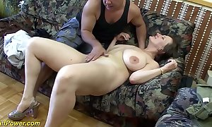 Prexy german milf enjoys a beamy dig up in her botheration