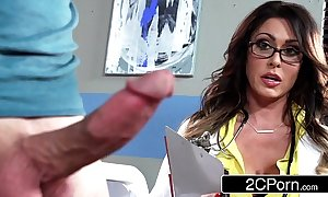 Pretentiously busty debase jessica jaymes milking her for fear that b if