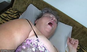 Age-old broad in the beam mammy teaches the brush broad in the beam younger cooky masturbating use sextoy