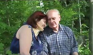 Old full-grown coupler bonks outdoor
